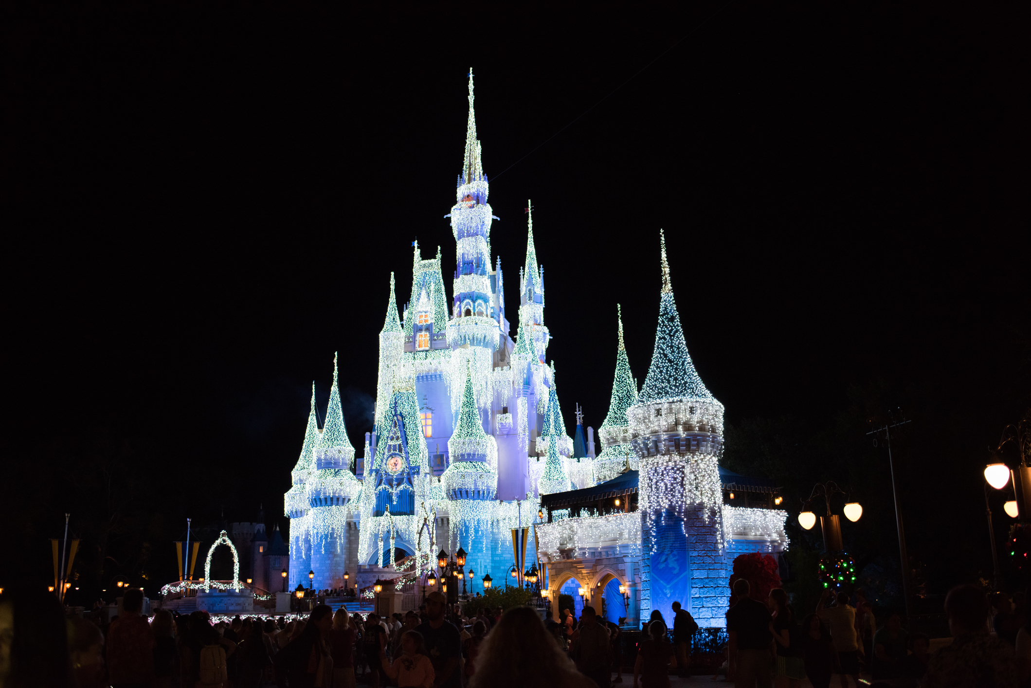 Cinderella-Castle-Disney-night.jpg?mtime=20181003121918#asset:103389