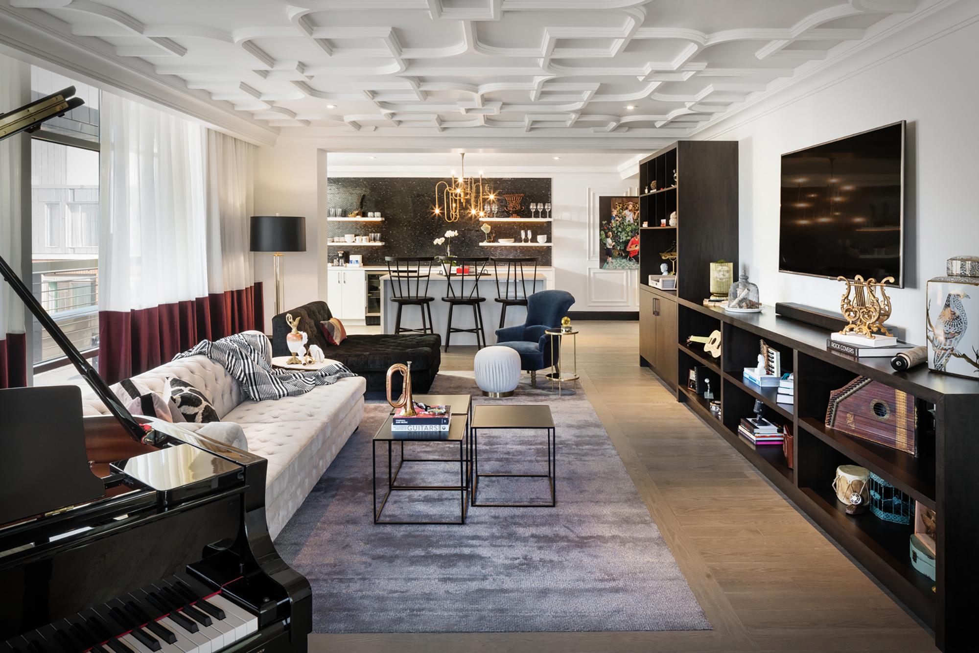 Elizabeth-Hotel-Music-Suite.jpg?mtime=20190501142857#asset:105681