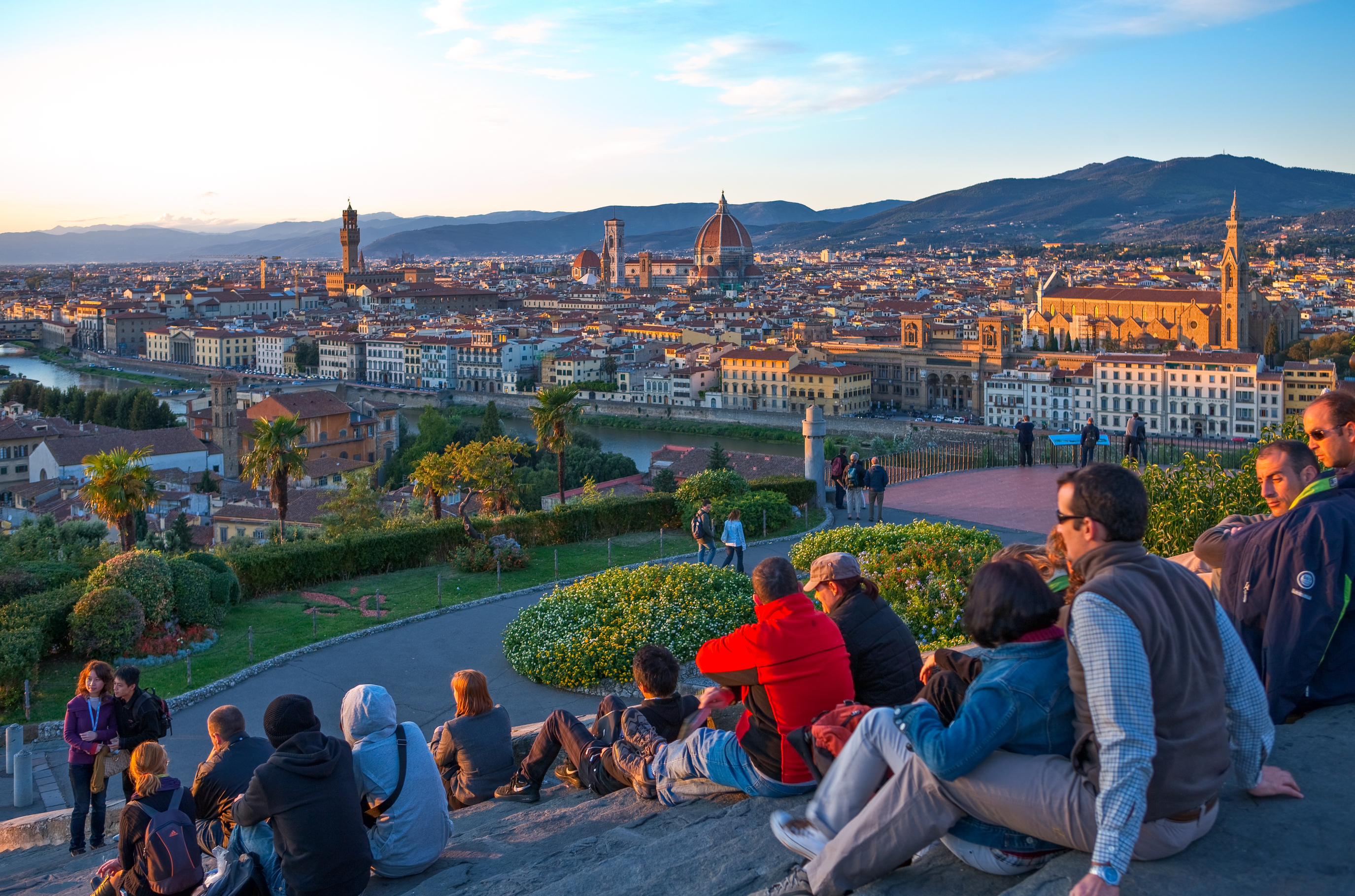 Florence-Italy-Watching-sunset.jpg?mtime=20190107212250#asset:104372