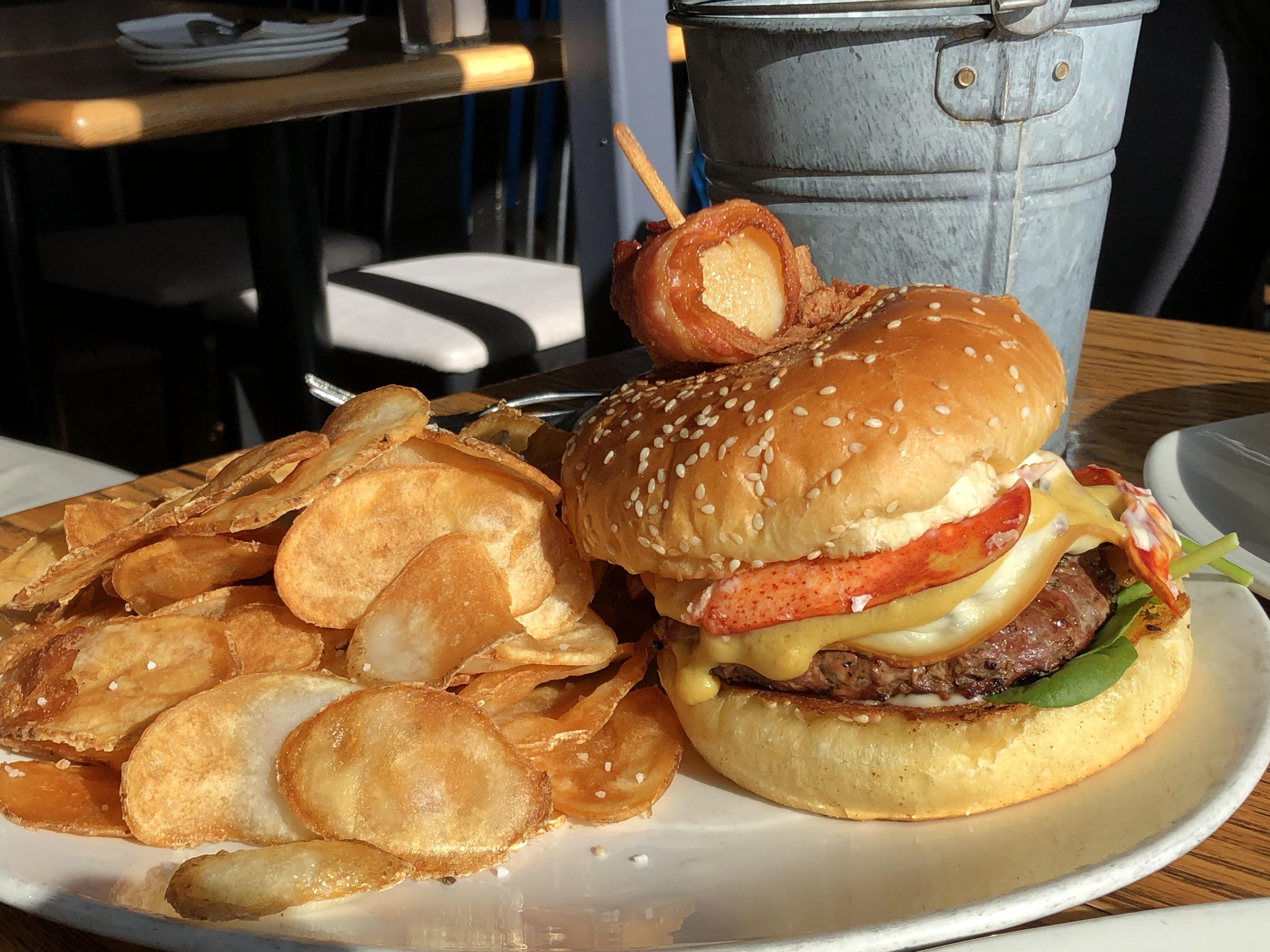 Grand-Banker-burger.jpeg?mtime=20190211105156#asset:104817