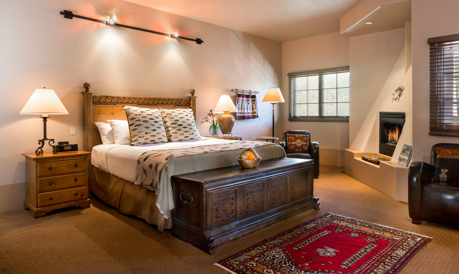 HSF-Rooms-Room520-Bedroom-01b-58ee9c6d44478.jpg?mtime=20180314093052#asset:100904