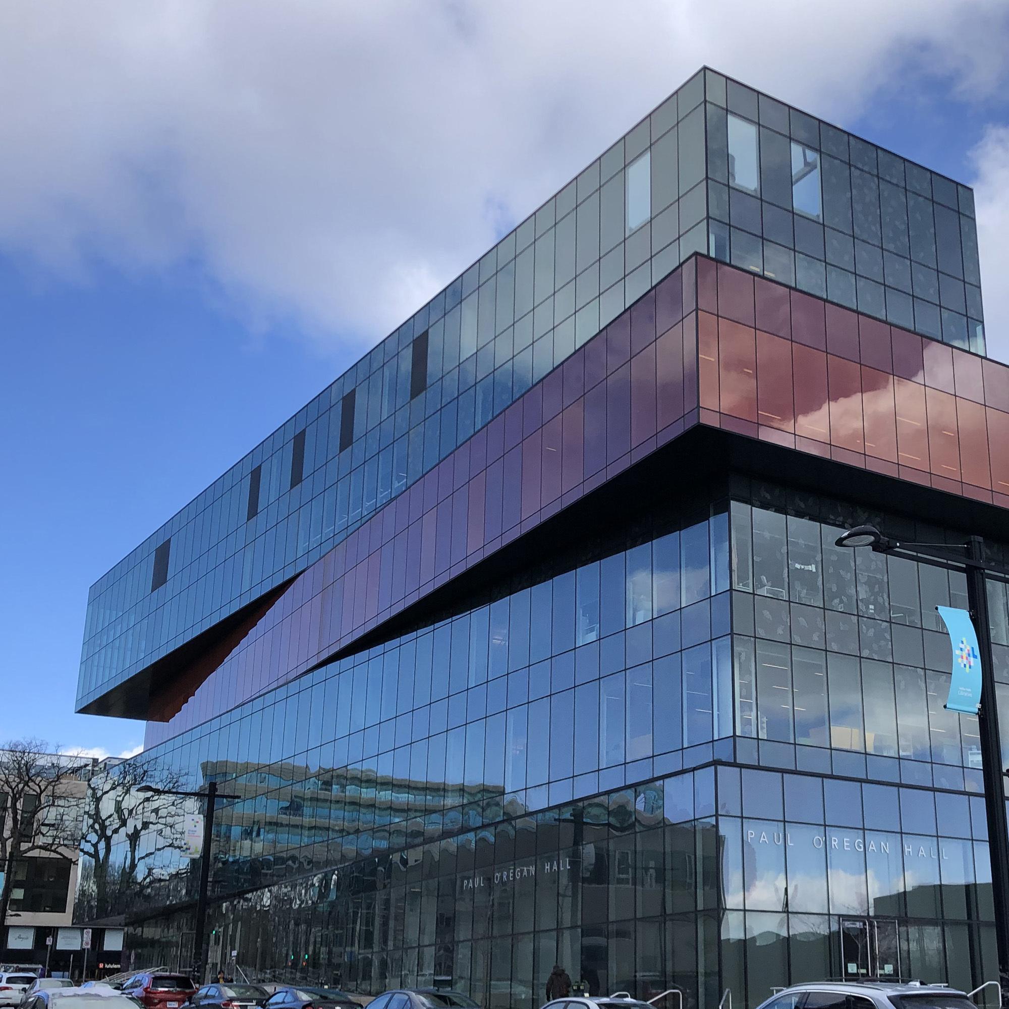 Halifax-Library-exterior ▷ 5 cosas que hacer en Halifax, Nueva Escocia