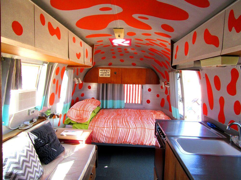 Kates-Lazy-Desert-Landers-California-trailer-interior.jpeg?mtime=20181106085237#asset:103650