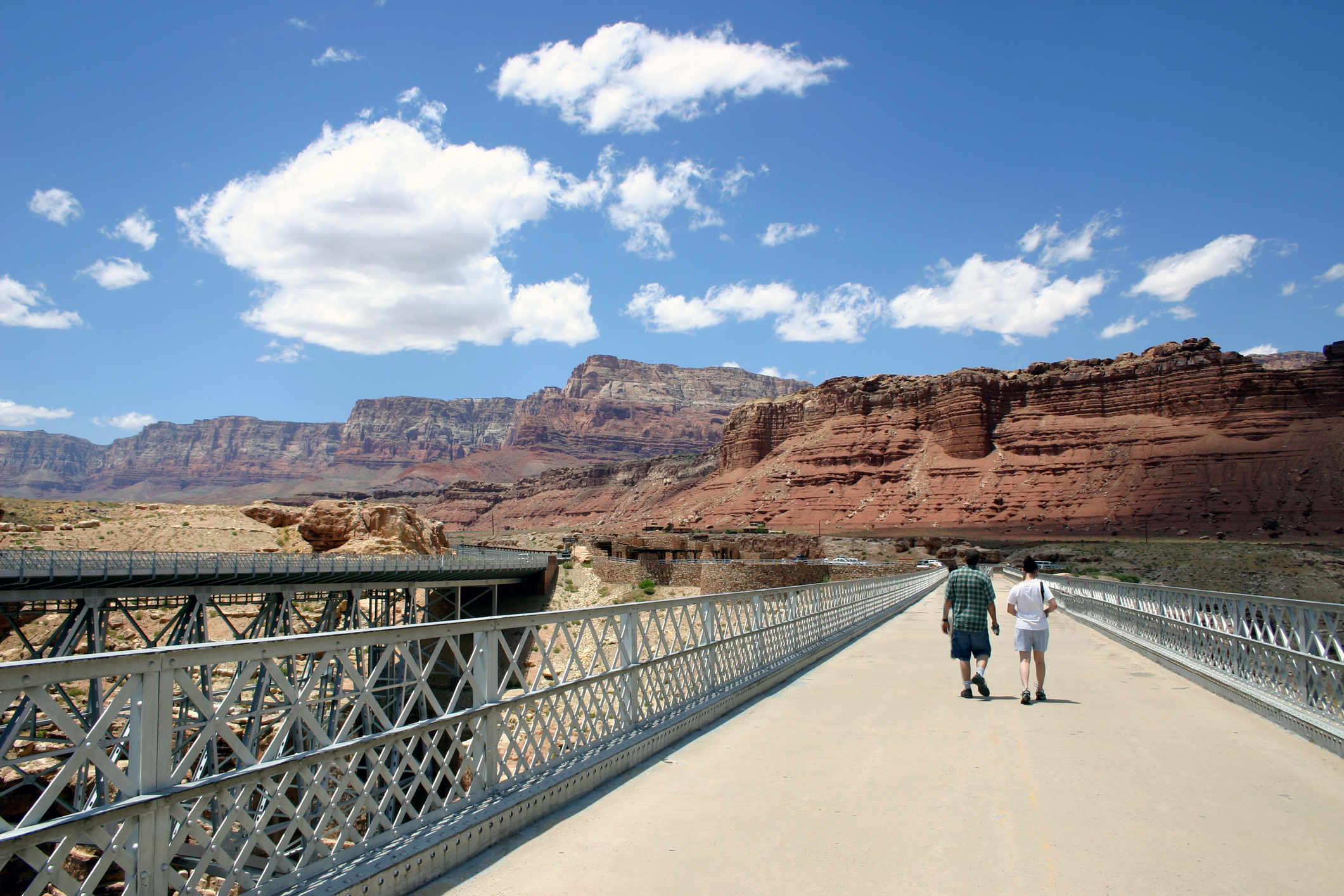Navajo-Bridge-Walking.jpg?mtime=20190515140421#asset:105827