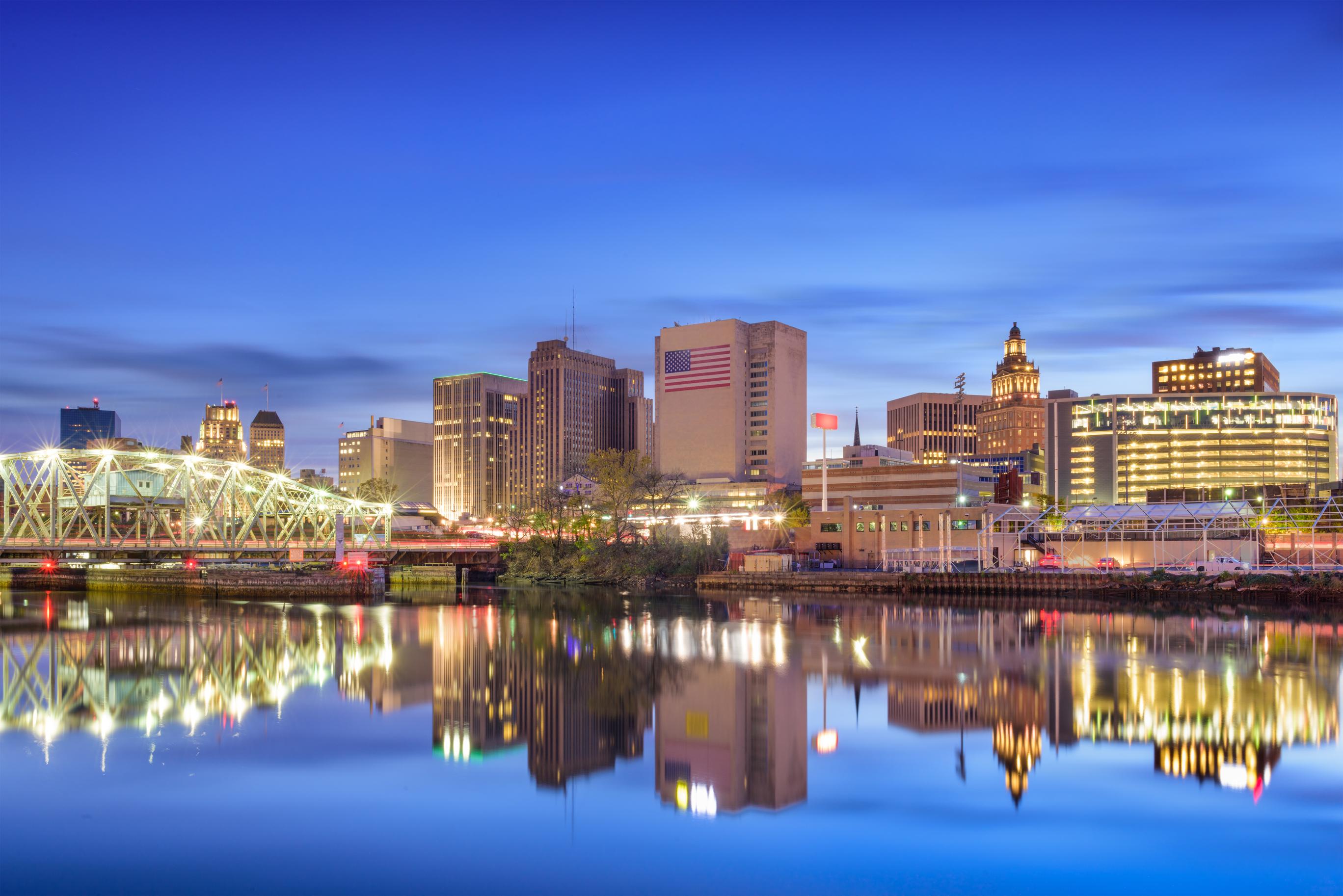 Newark-New-Jersey-dusk-skyline.jpg?mtime=20180409094215#asset:101349