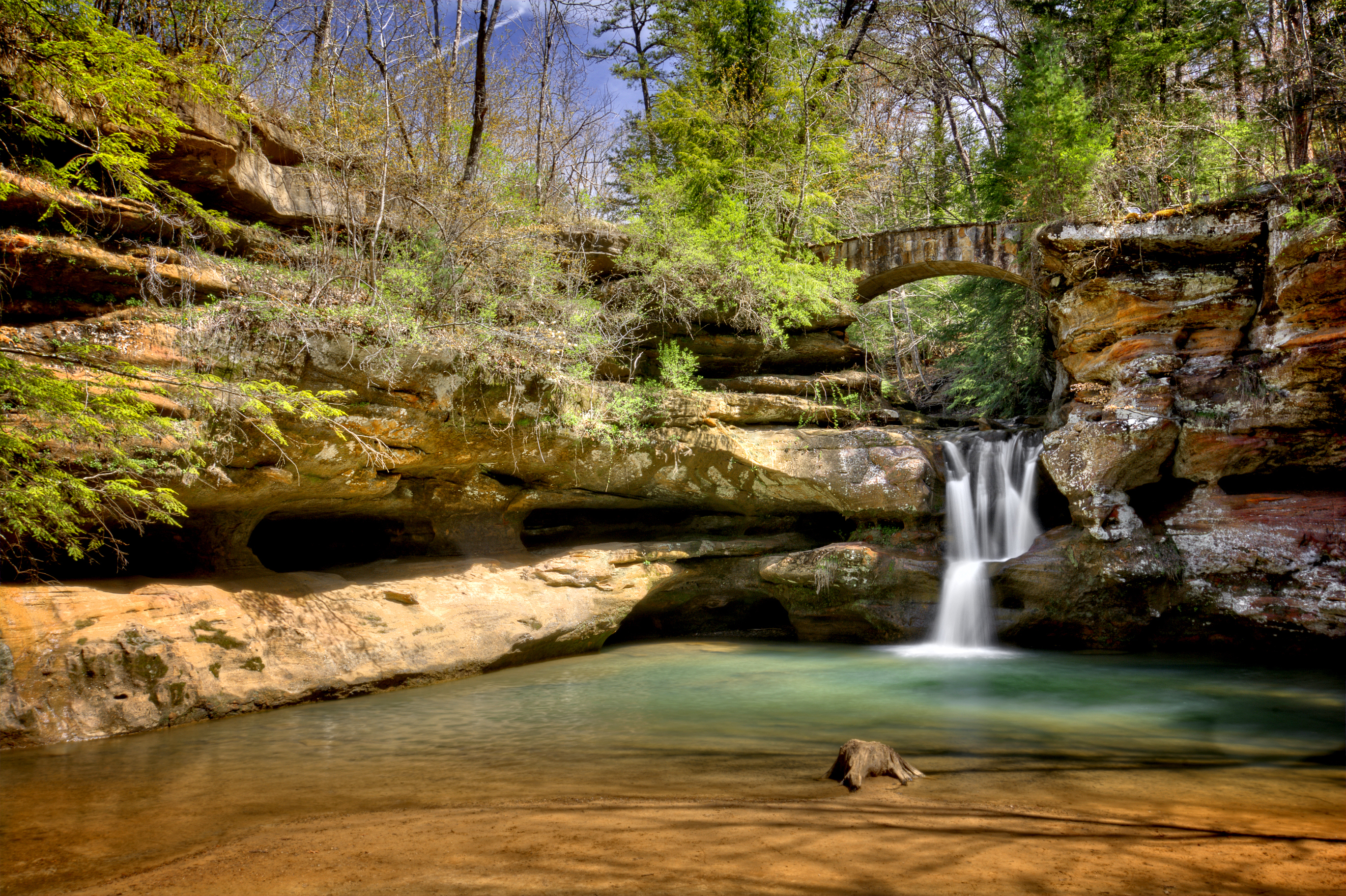 Ohio-HOCKING-HILLS-Lower-Falls-Old-Mans-Cave.jpg?mtime=20180412104200#asset:101407