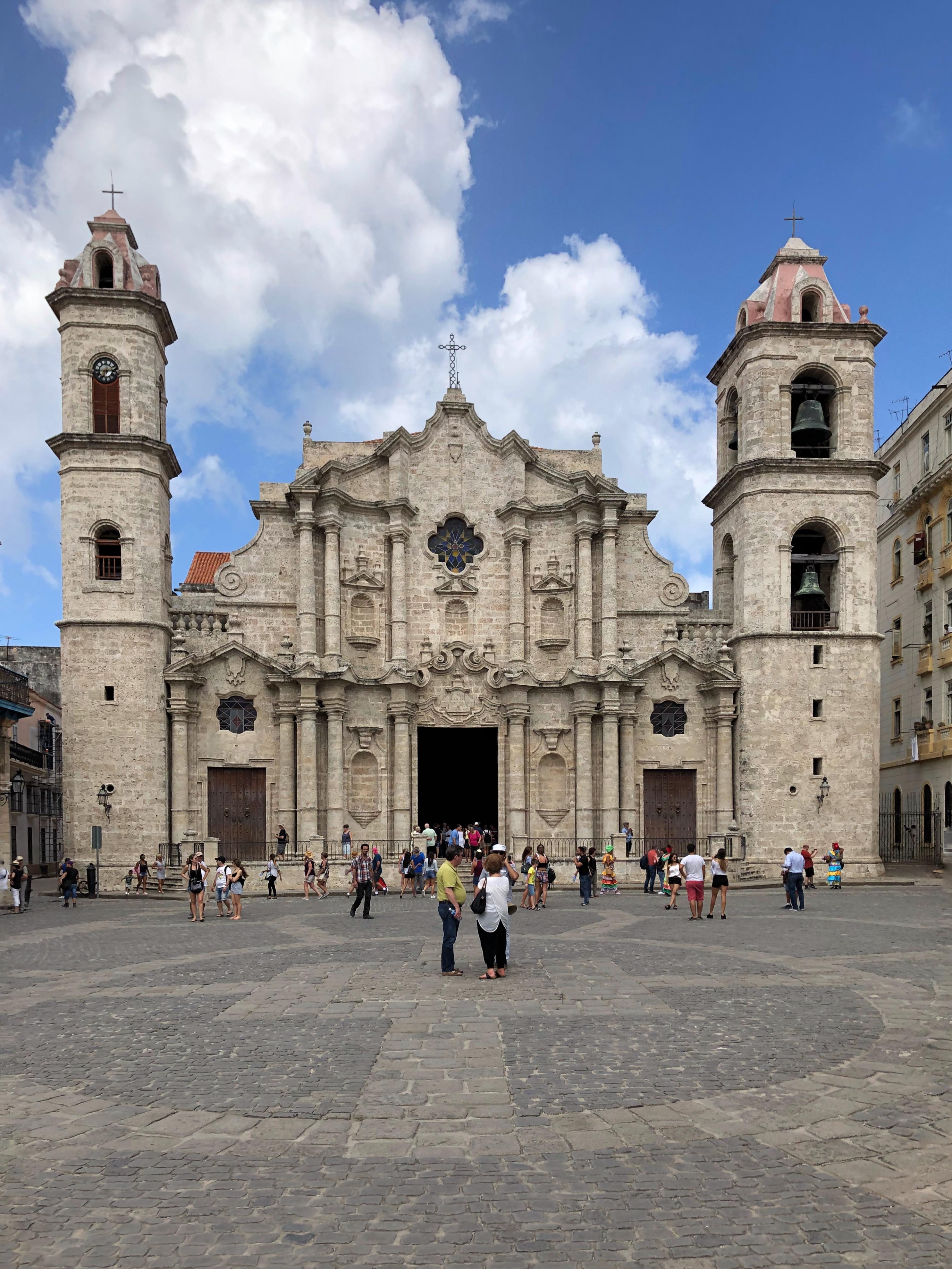 Plaza-de-Catedral.JPG?mtime=20180404134856#asset:101223