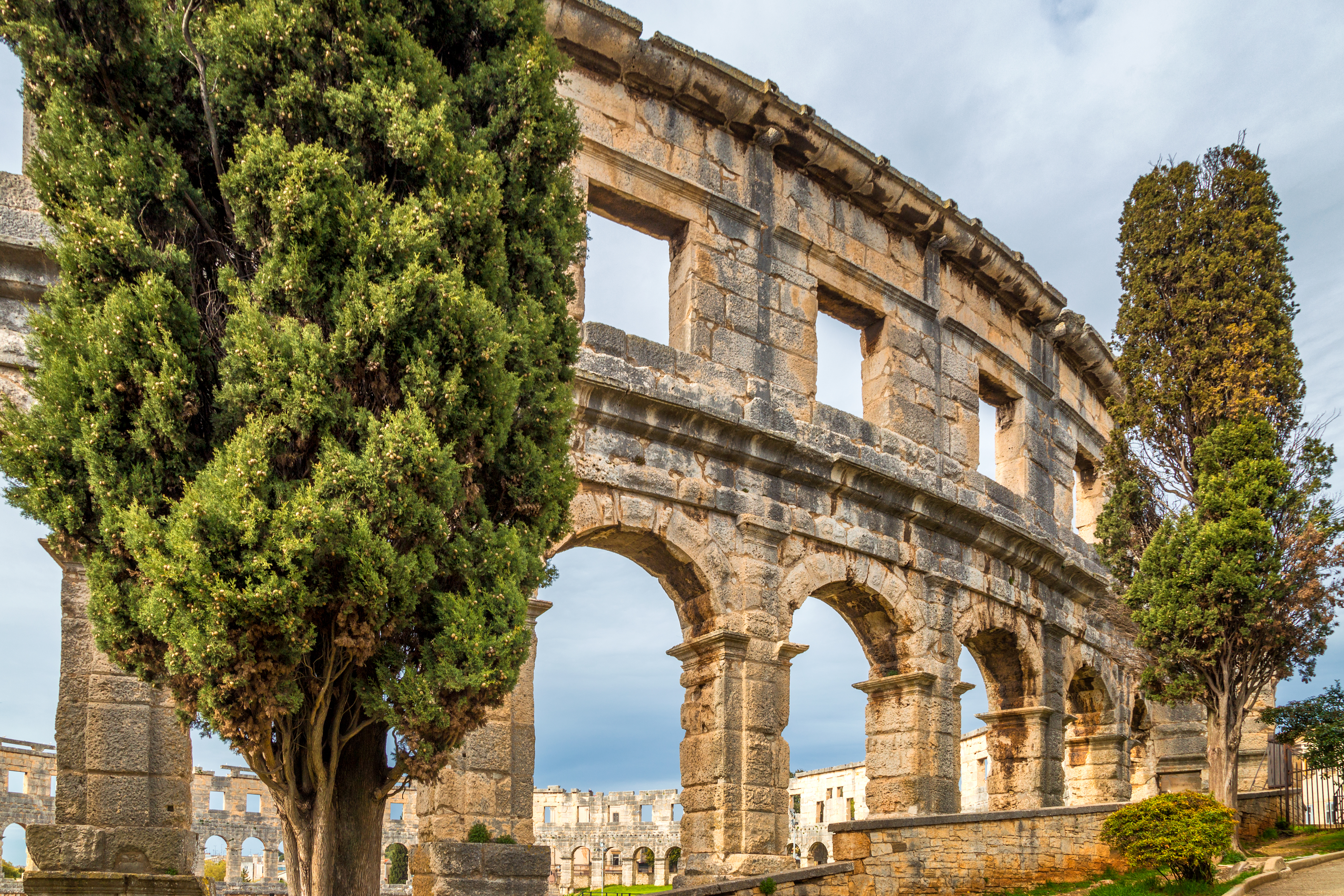 7 Affordable Alternatives To Europe's Busiest Destinations tumbnail