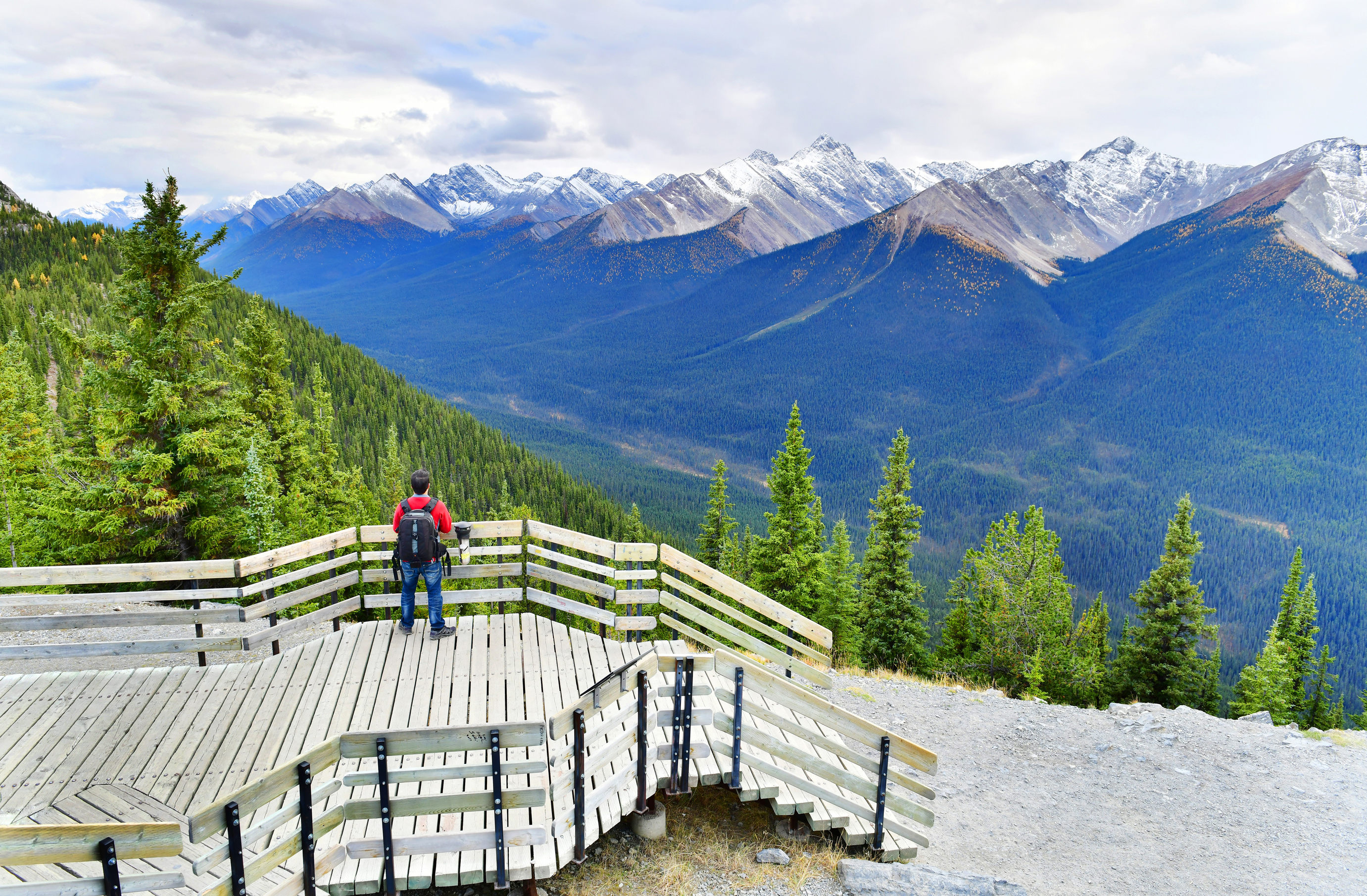 Sulphur-Mountain-view-boardwalk-banff.jpg?mtime=20180709094804#asset:102402