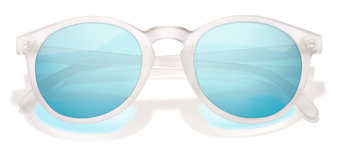 Sunglasses-blue-white.jpg?mtime=20181130081859#asset:103915