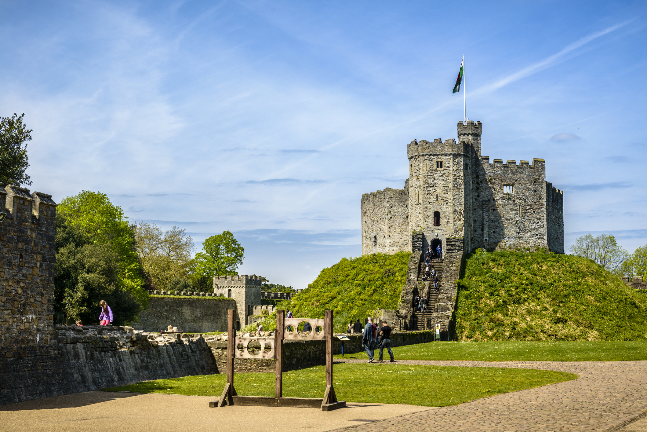 Wales-Cardiff-Castle.jpg?mtime=20190502102036#asset:105695