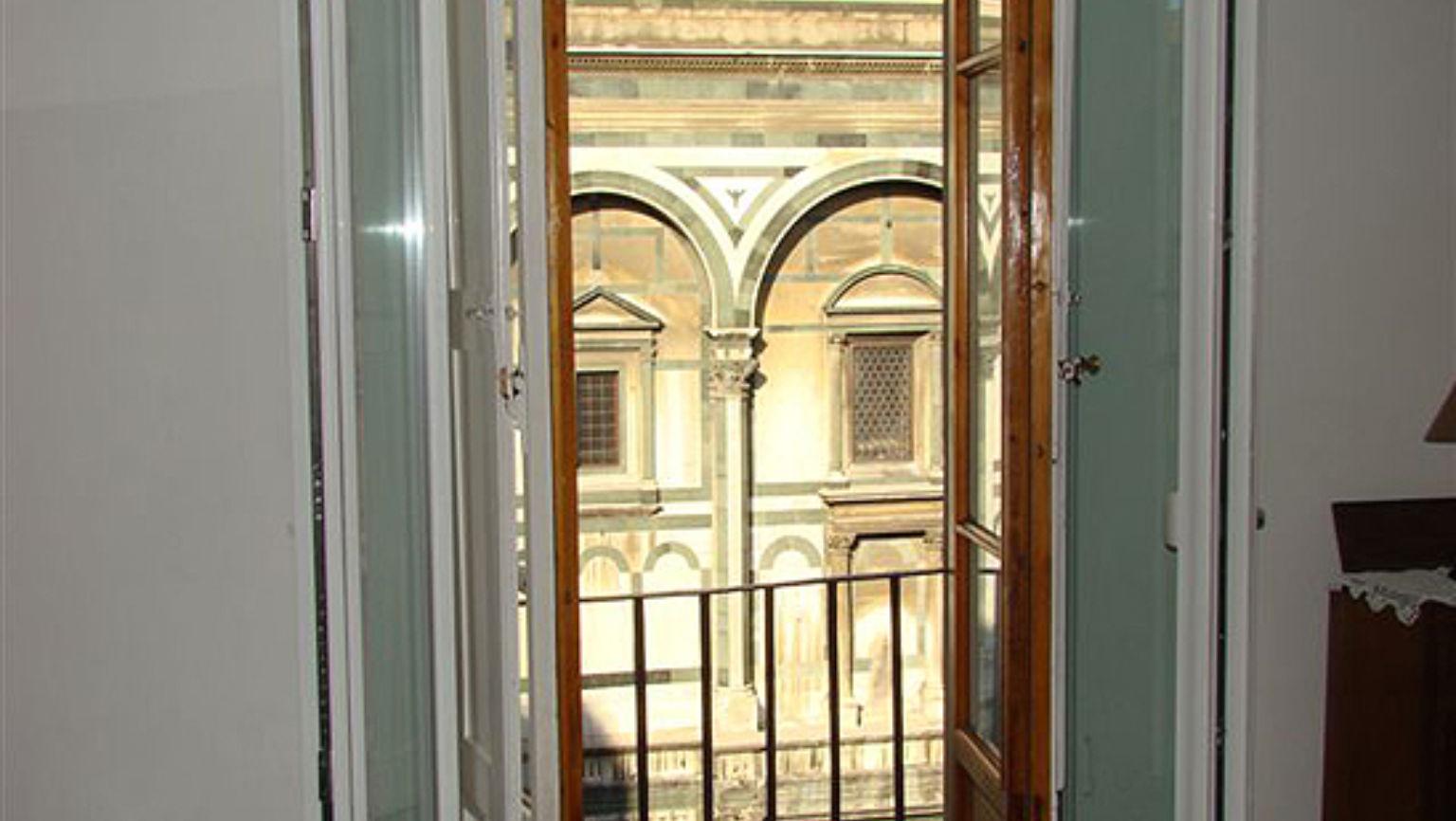 Soggiorno Battistero Photos   Budget Travel