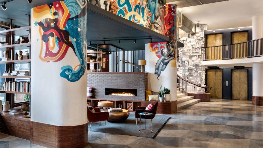 Bradys Room One Family Navigates >> Hotel We Love Revolution Hotel Boston Budget Travel