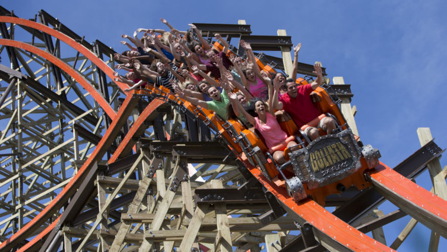 Meet The Fastest Roller Coasters In The Us Budget Travel