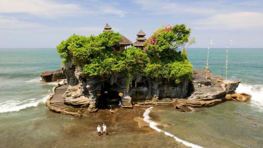 10 Islands to See Before You Die