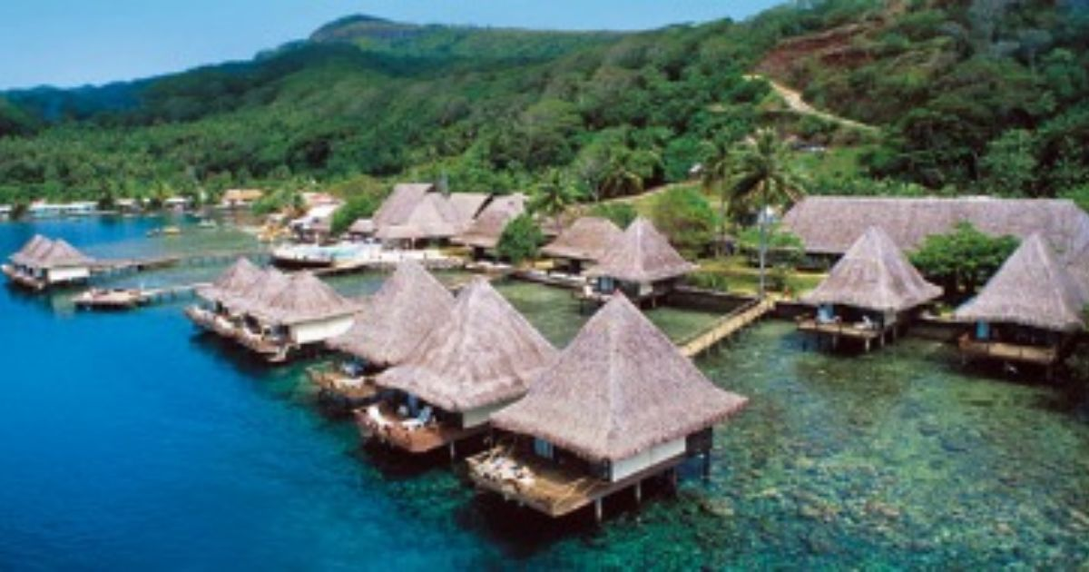 Honeymoon Travel How To Find An Overwater Bungalow