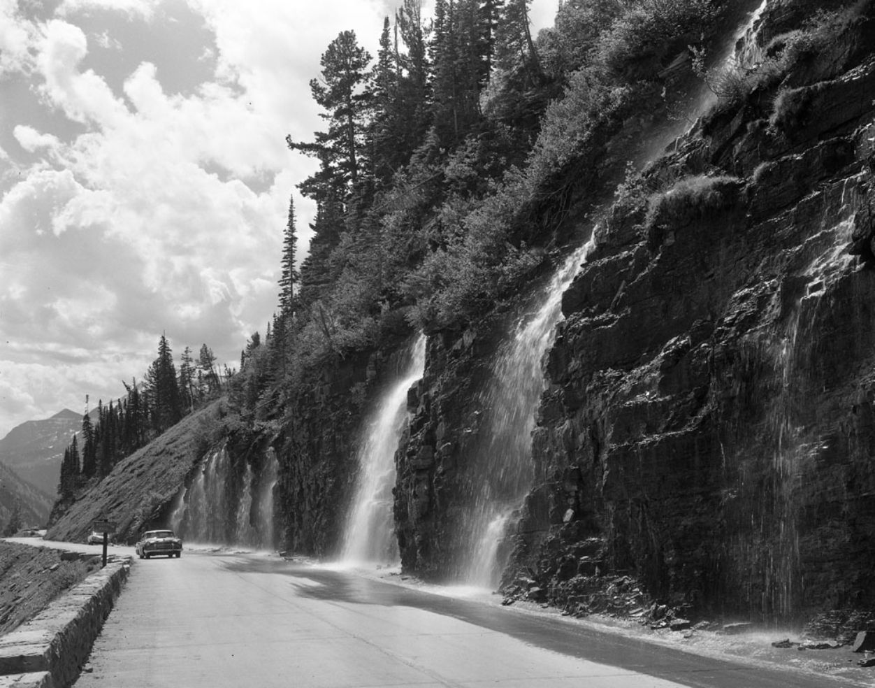 Weeping Wall, Going-to-the-Sun Highway, Glacier National Park, Montana