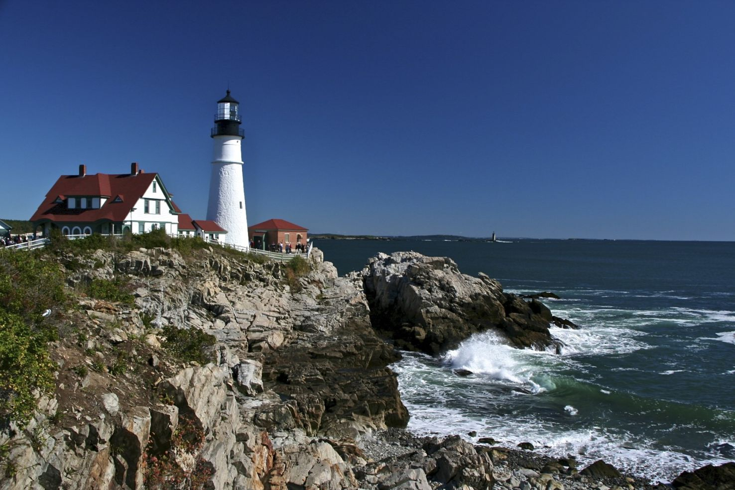 25 gorgeous american lighthouses budget travel for Most beautiful lighthouses in the us