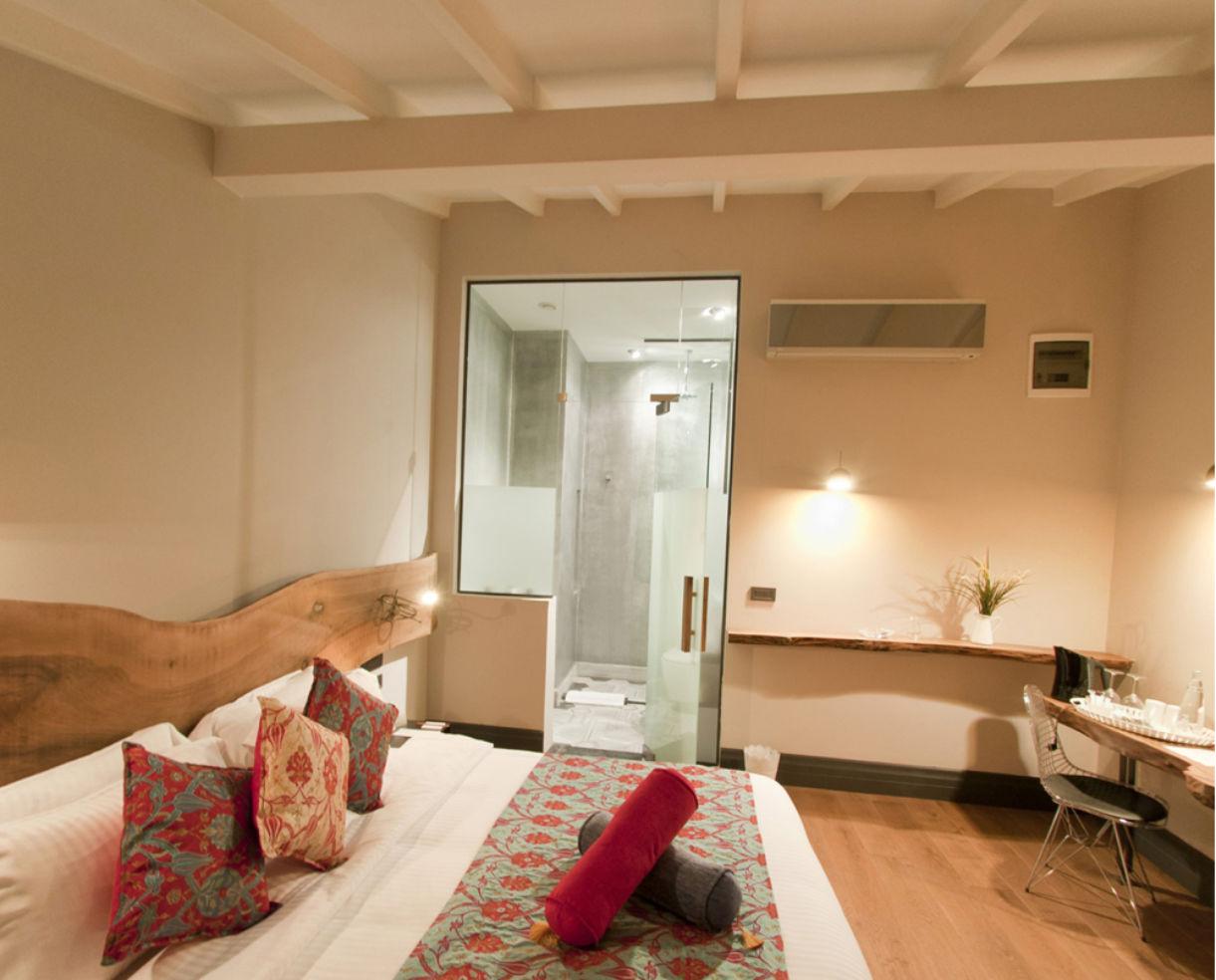 Gumusyan Hotel Room