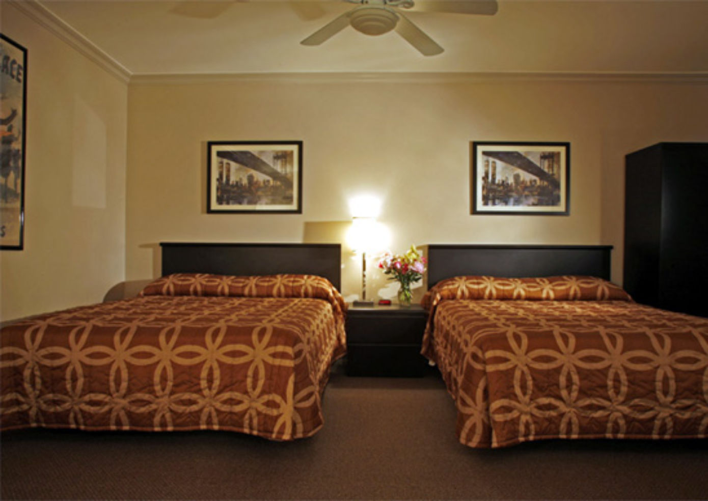 The Cosmopolitan Hotel, double room with queen beds