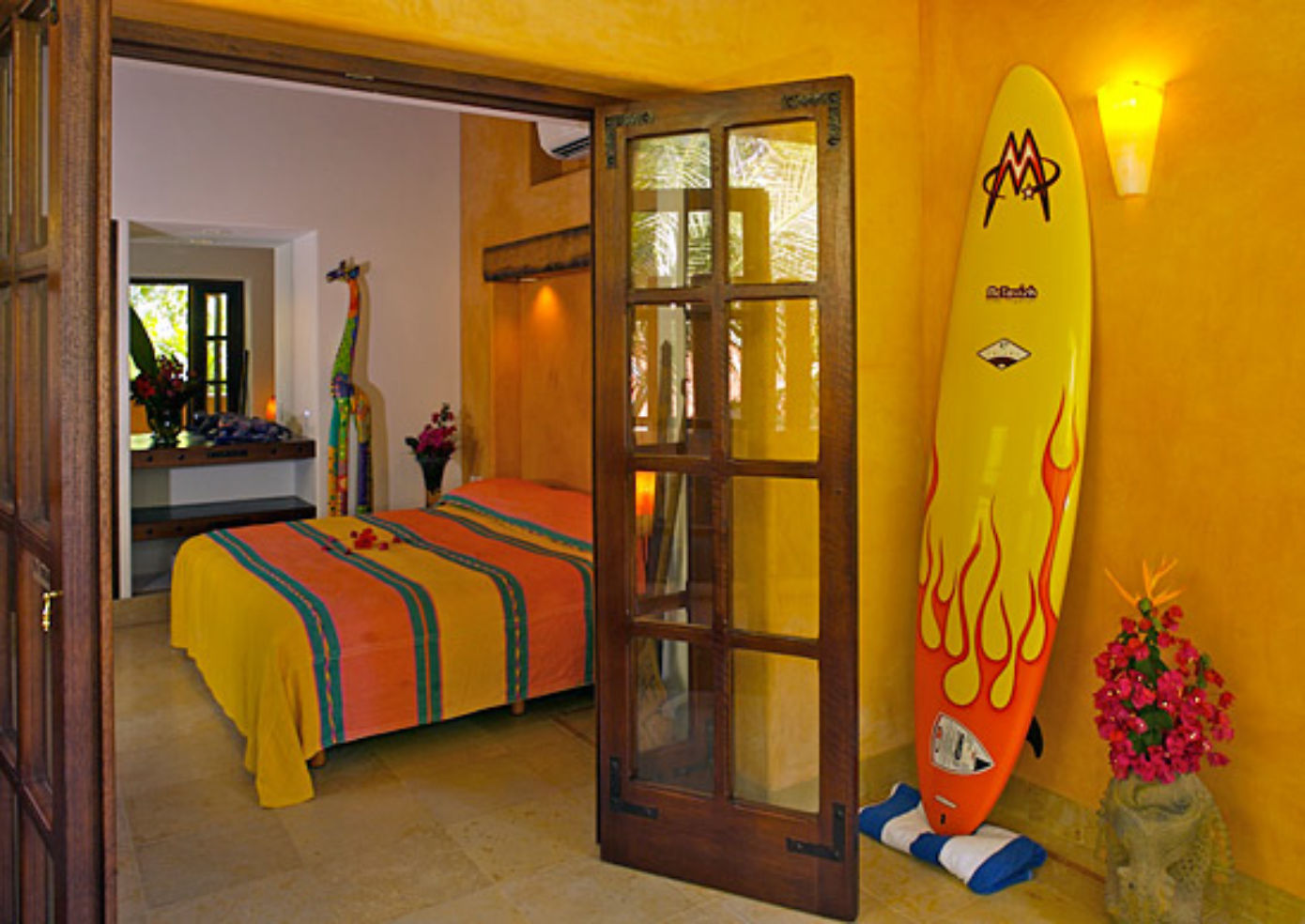 Eight thatched-roof bungalows and two deluxe suites make up the complex at the Inn at Manzanillo Bay.