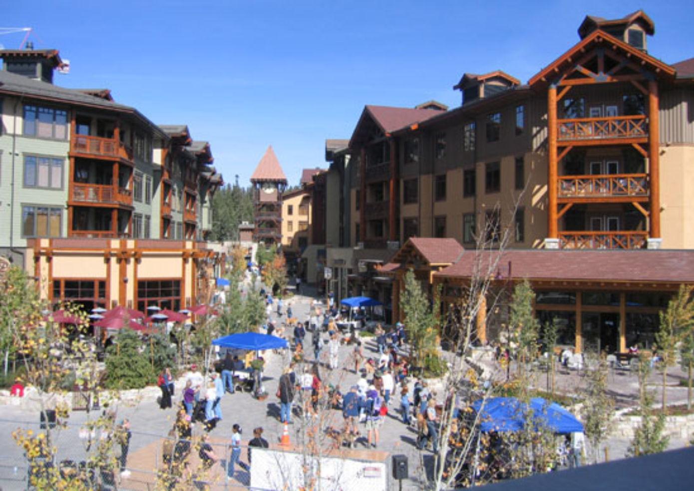 Summer Lake Towns Budget Travel