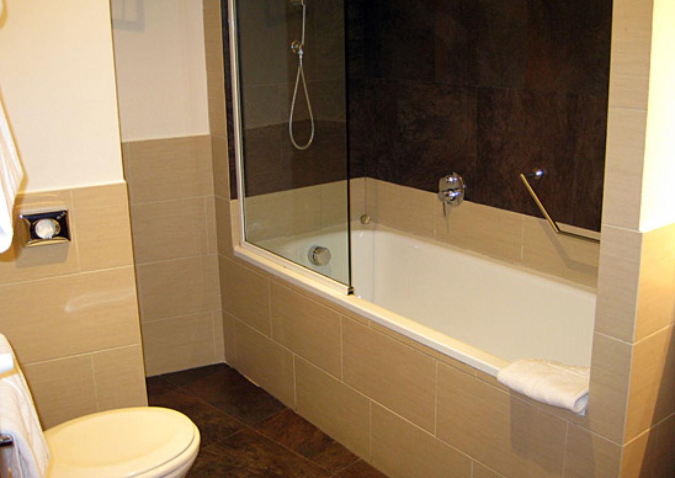 Half the rooms at Hotel Re di Roma have tubs big enough for a long soak.