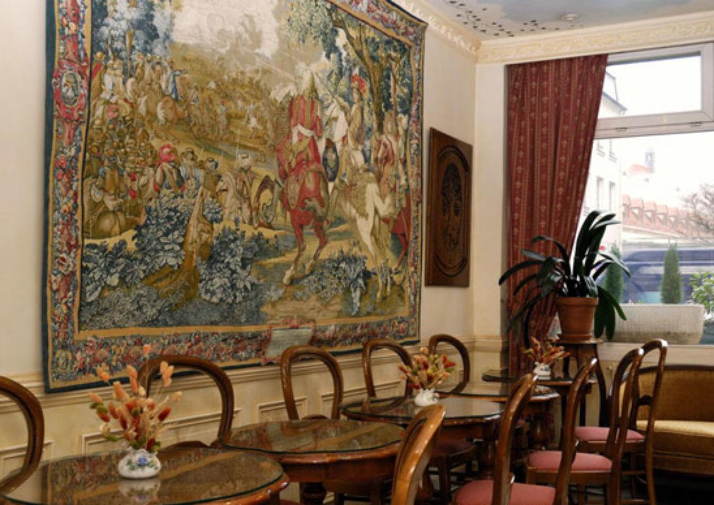 Inside Paris's Familia Hôtel.