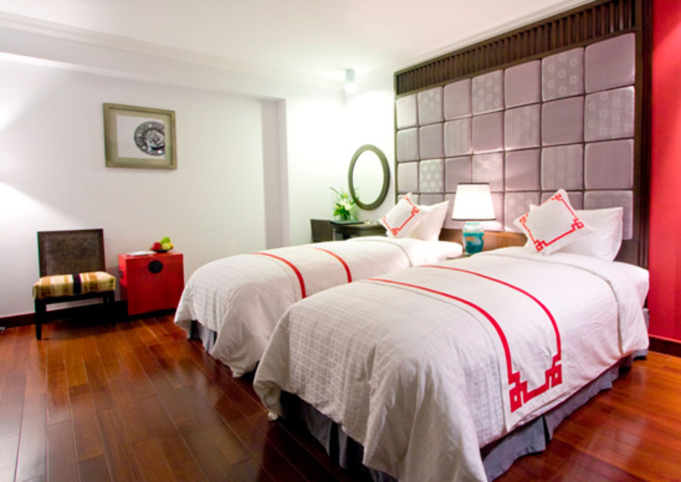 A twin room at Maison d'Hanoi Hanova Hotel