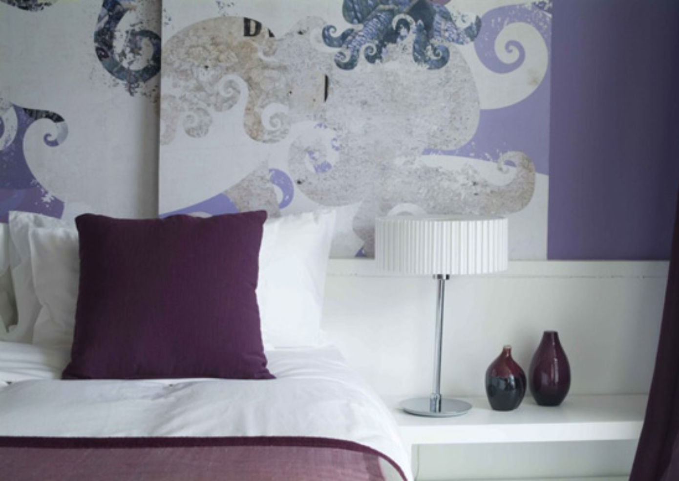 A guest room at Seven hotel in Bangkok