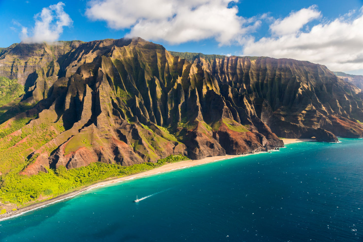 Na Pali coastline in Hawaii on the island of Kauai