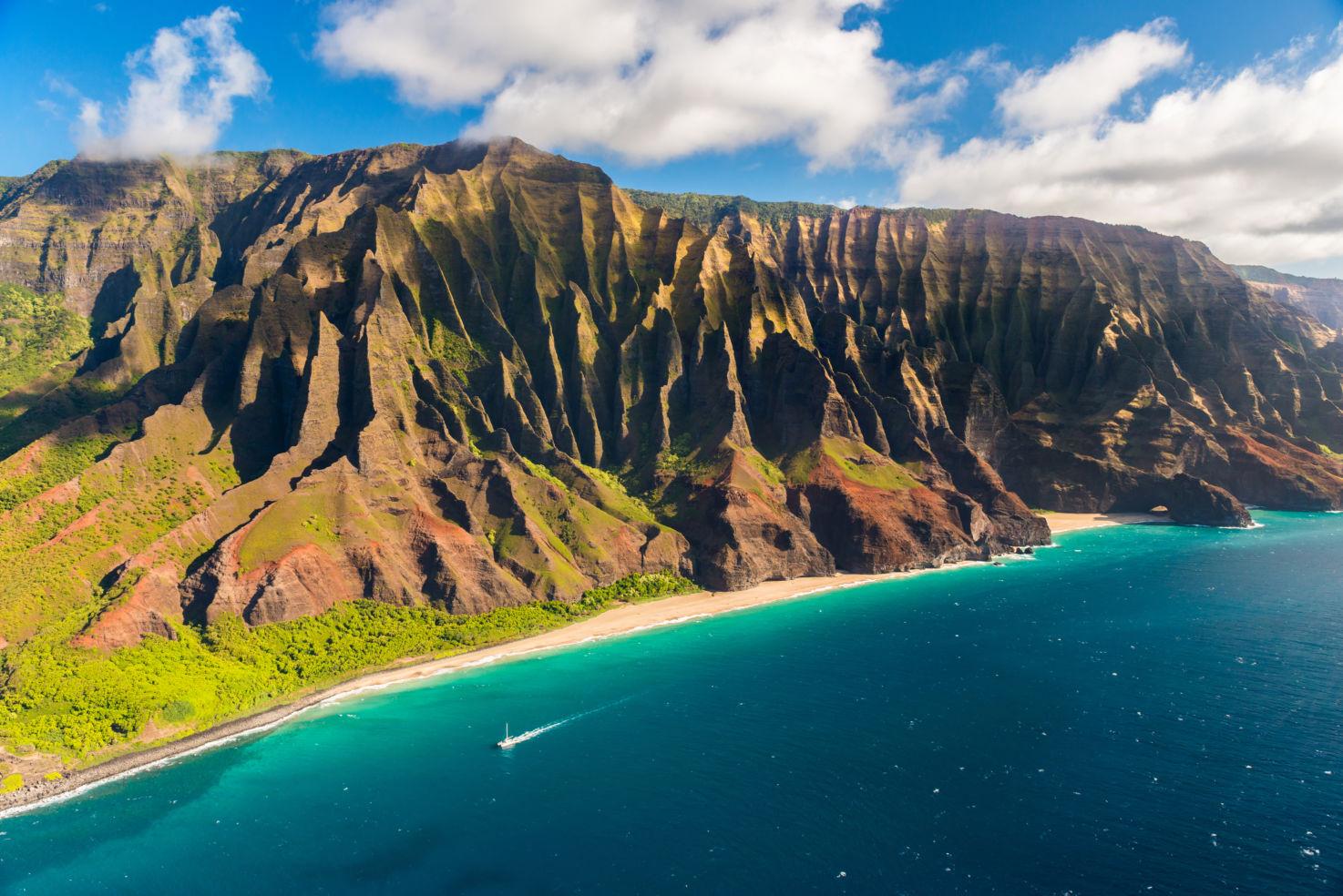 Na Pali coastline in Hawaii on the island of Kauai