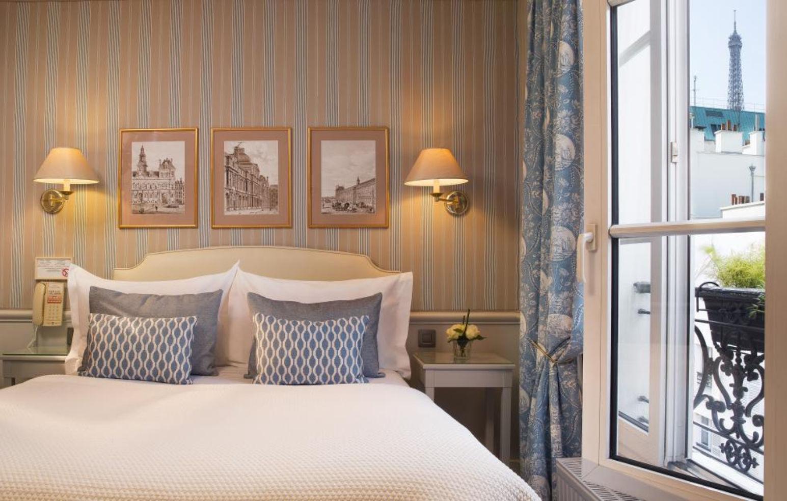 Paris, Hotel du Champs de Mars