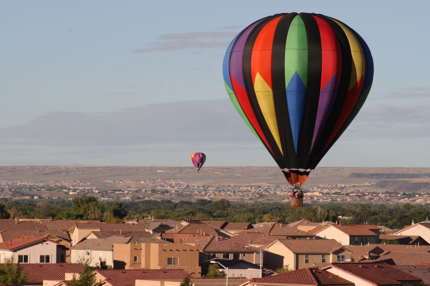 Bucket-List_Albuquerque_hot-air-balloons_rooftops