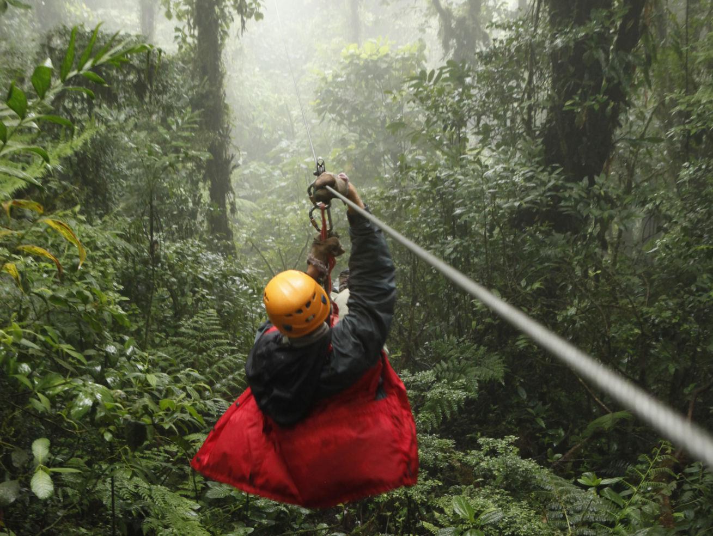 Costa-Rica_Whitney-Tressel_zipline