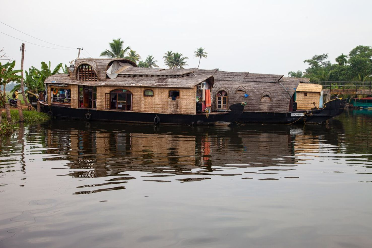 long view of kerala houseboat