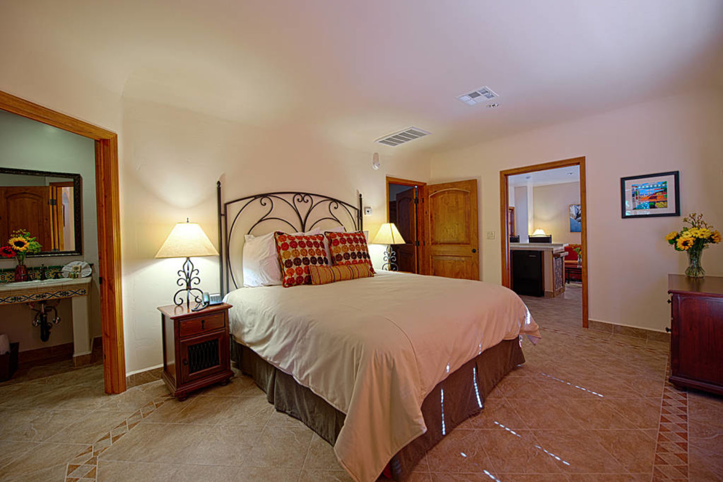 Palm-Springs_hotels_Los-Arboles_room