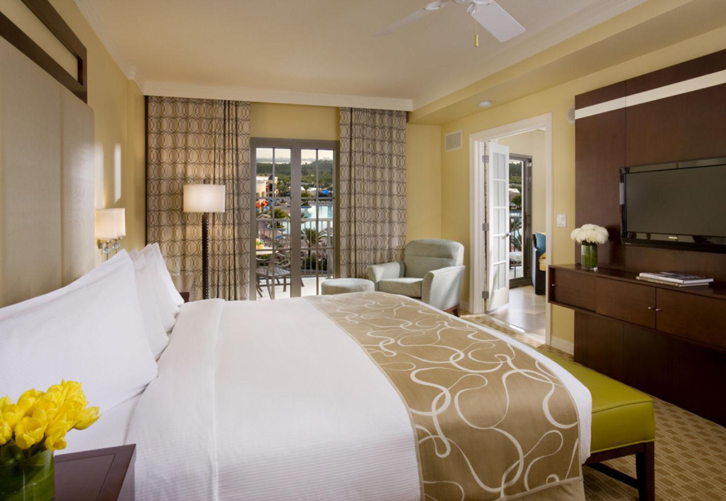 Photos Parc Soleil Suites by Hilton Grand Vacations