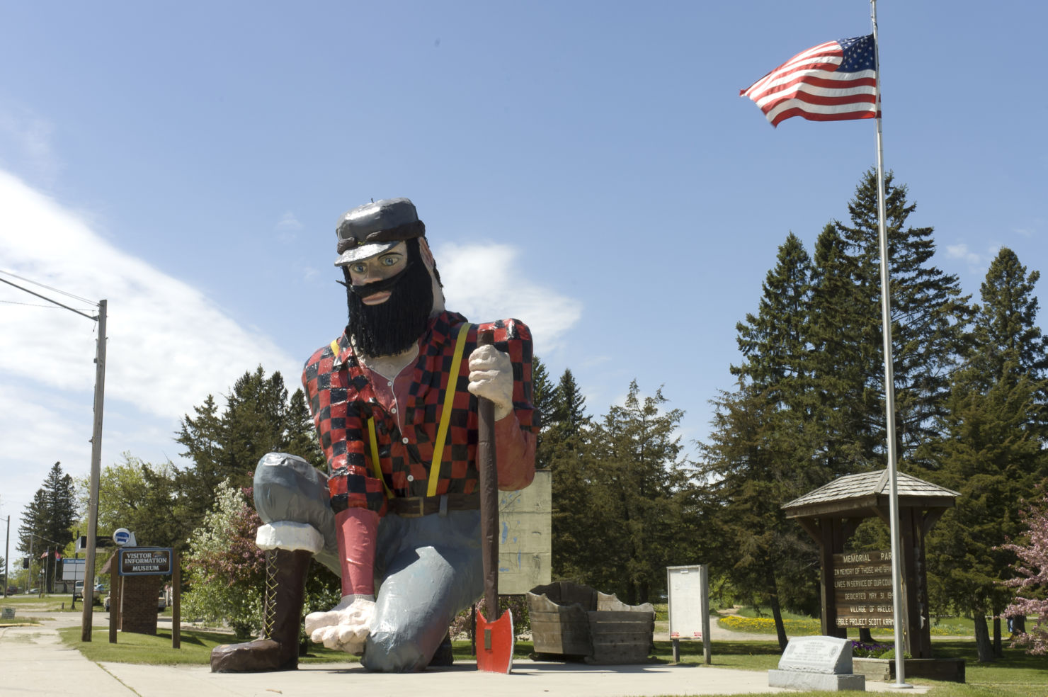 These Crazy Roadside Attractions Are Actually Worth Stopping For!