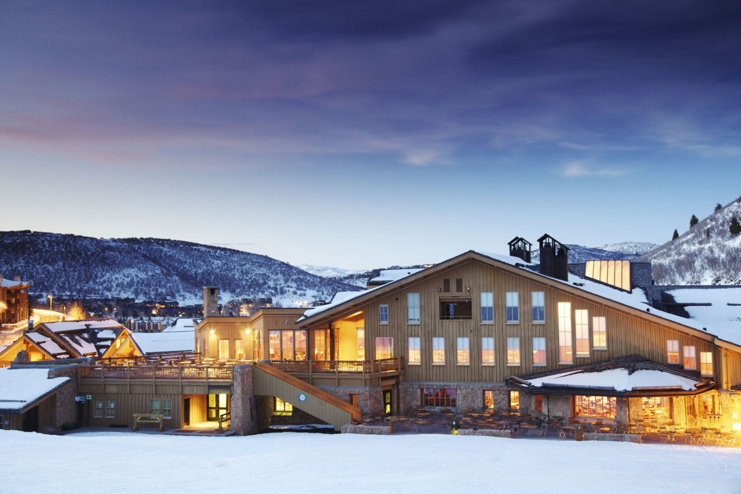 Ski-Resorts_Deer-Valley_lodge