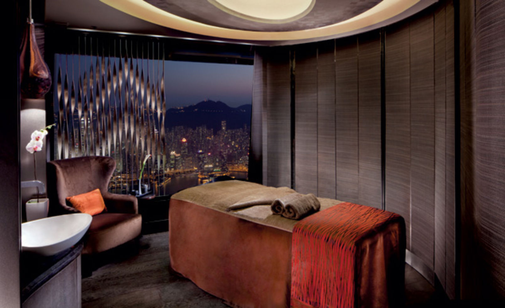 Spa Treatment room with View