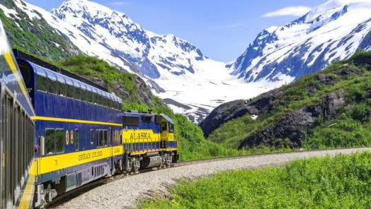 10 bucket list adventures in Alaska tumbnail