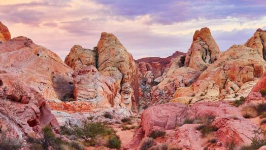 10 places near Las Vegas to explore while social distancing tumbnail