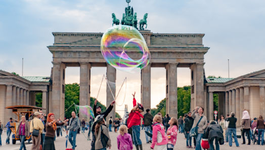 5 Ways You Can Celebrate the Fall of the Berlin Wall tumbnail
