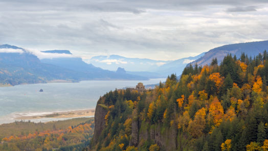 Six Best Places to See Fall Colors tumbnail