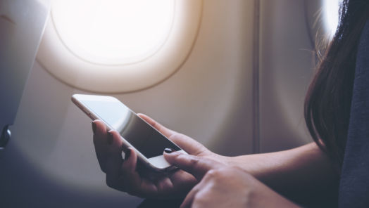 What Happens If You Don't Put Your Phone on Airplane Mode on A Flight? tumbnail