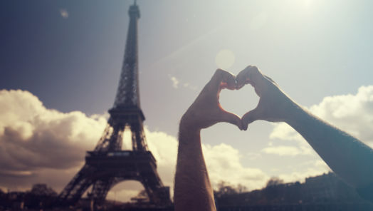 The Most Romantic Things to Do in Paris tumbnail