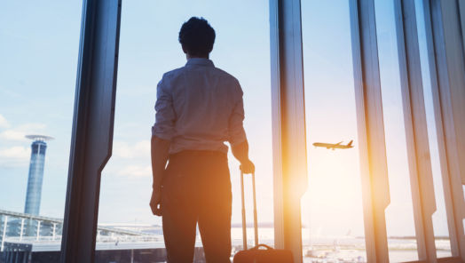 8 Common Travel Scams (and How to Avoid Them) tumbnail