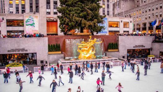 Outdoor holiday celebrations around the United States tumbnail