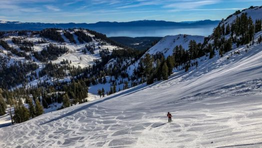 5 Ski Resorts Under an Hour from Major Airports tumbnail